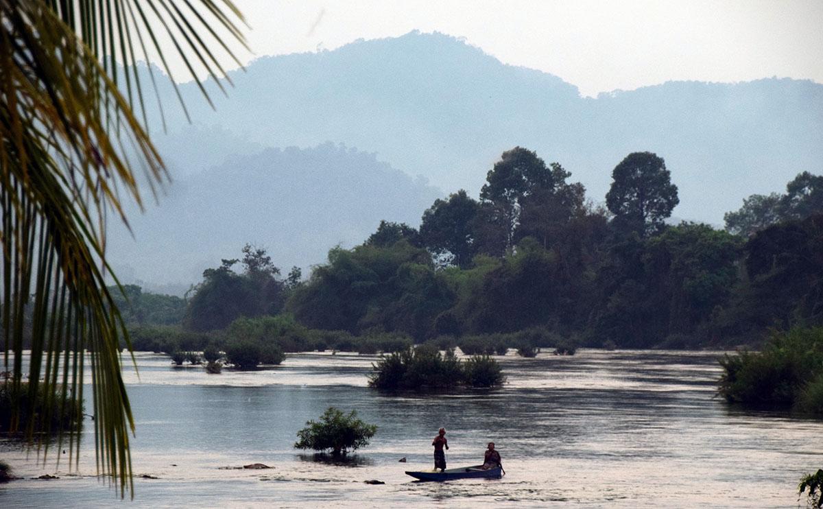 Boot op de mekong bij si pan don.