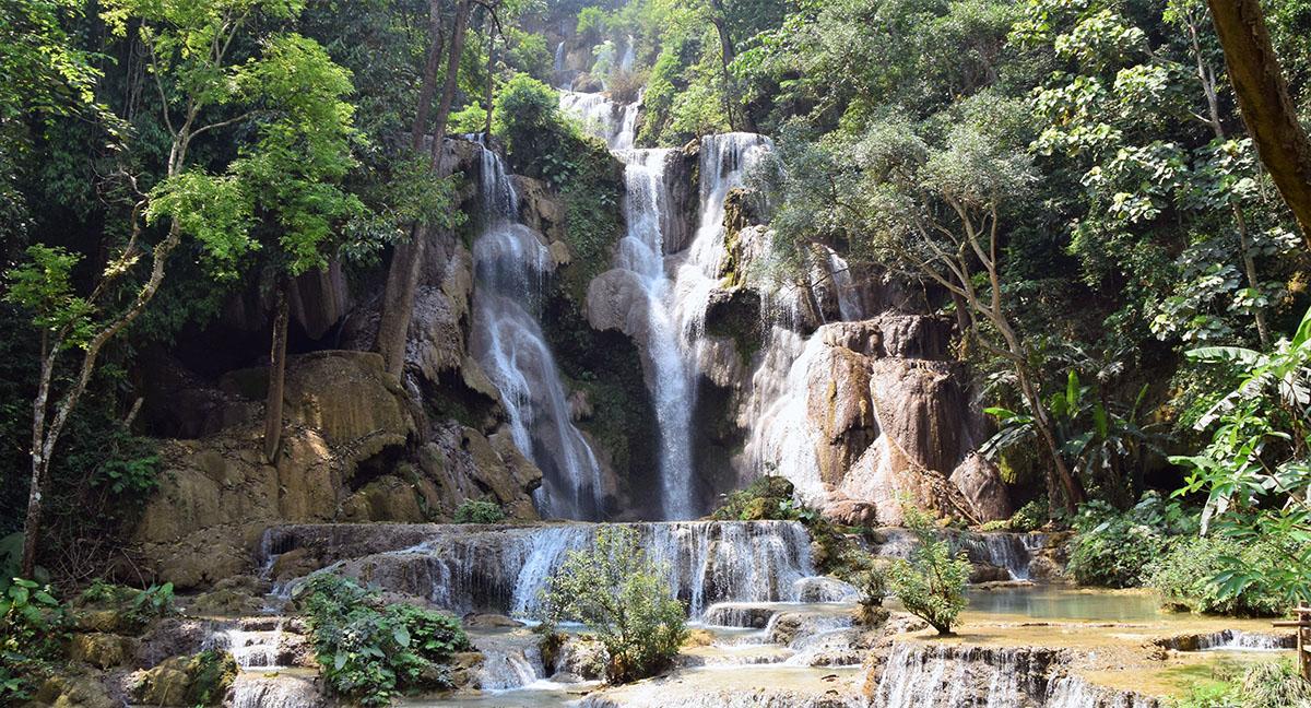 De watervallen bij Luang Prabang.