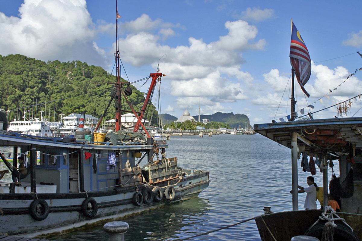 boten in haven Maleisisch Borneo, Maleisië.