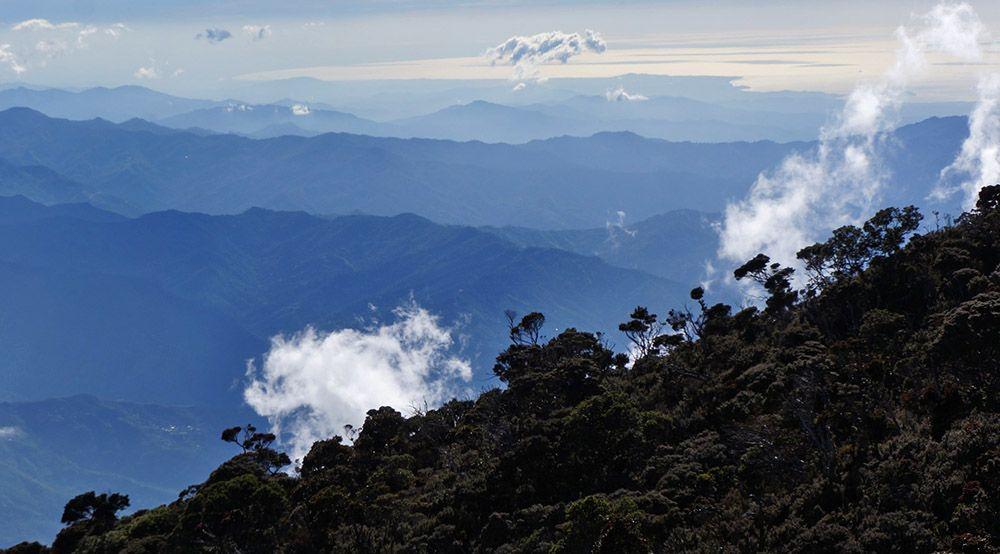 De Mount Kinabalu op Maleisisch Borneo in Maleisië.