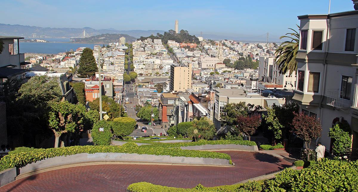Steile slingerwegen in San Francisco