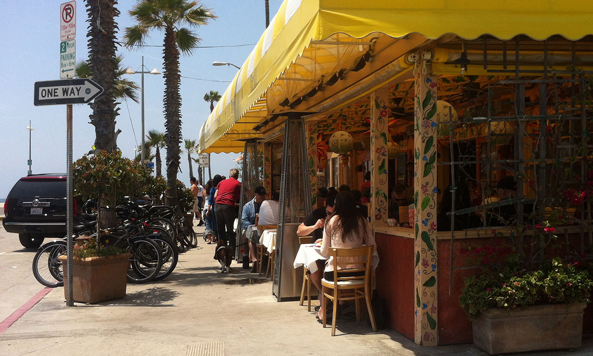 Eettentje in Venice Beach, LA