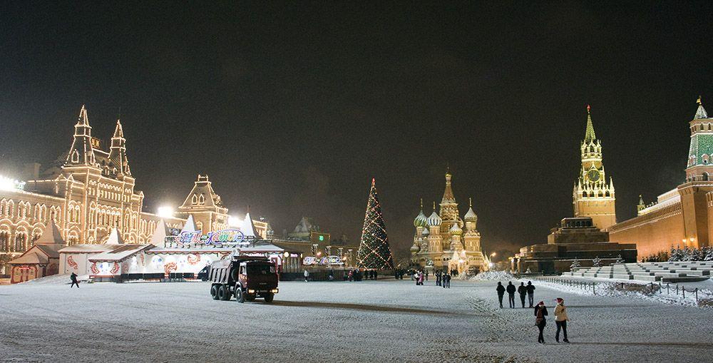 Voorbereidingen op het Rode Plein in Moskou voor de viering van Oud & Nieuw in Rusland