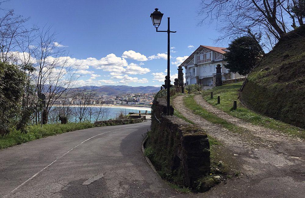 Bergweg bij San Sebastian
