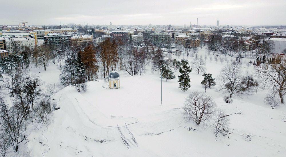 Kaivopuisto Park in de winter