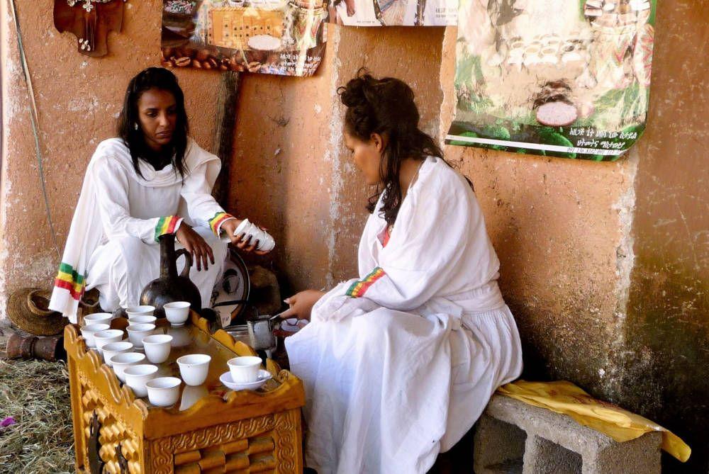 Koffieritueel in Addis Abeba, Ethiopië