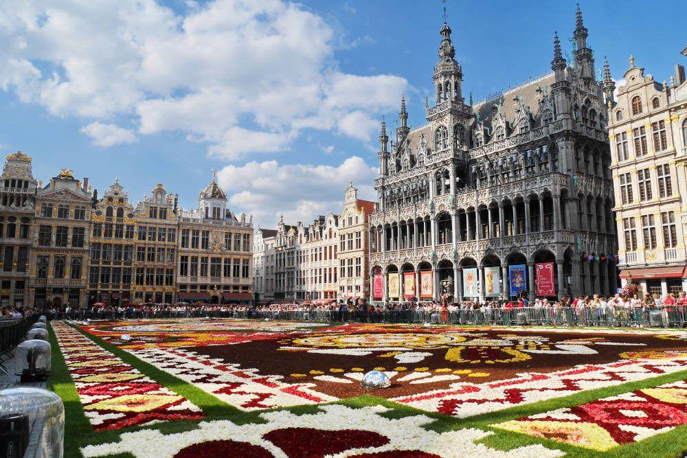 Bloementapijt in Brussel, België