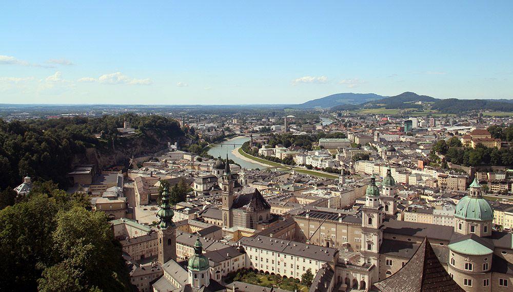 Uitzicht op Salzburg vanaf de Hohensalzburg