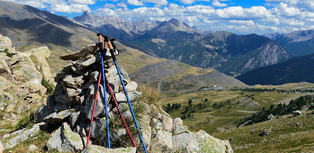 Wandelstokken geen overbodige luxe in de bergen