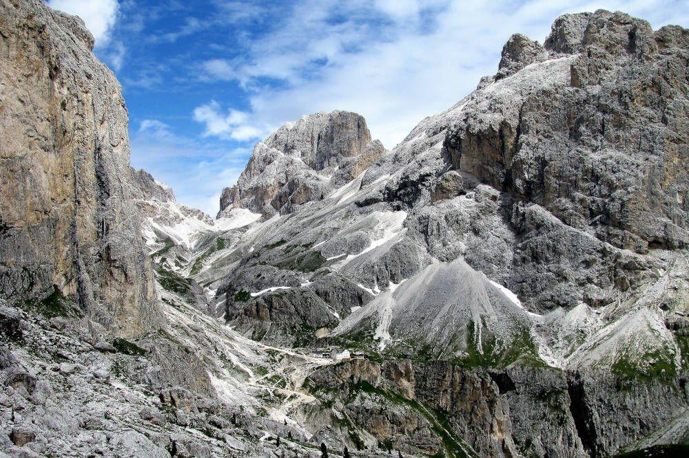 Rotswandeling in de Dolomieten