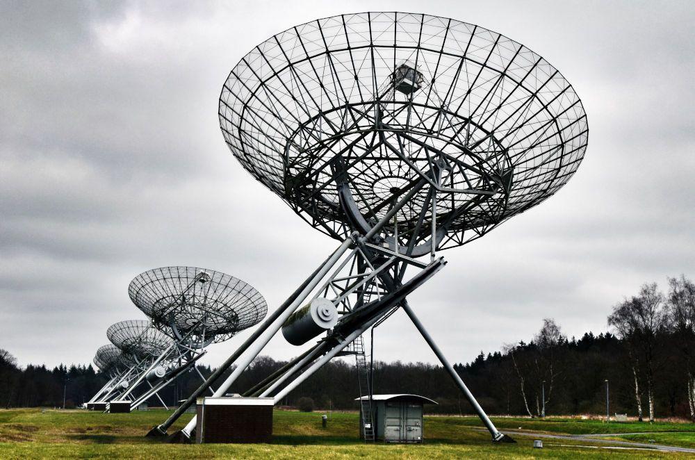 Radiotelescopen bij Kamp Westerbork, Drenthe