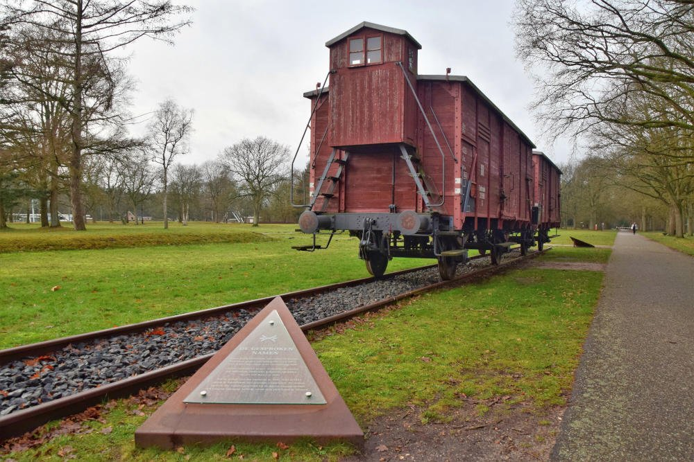 Treinwagons in Kamp Westerbork, Drenthe