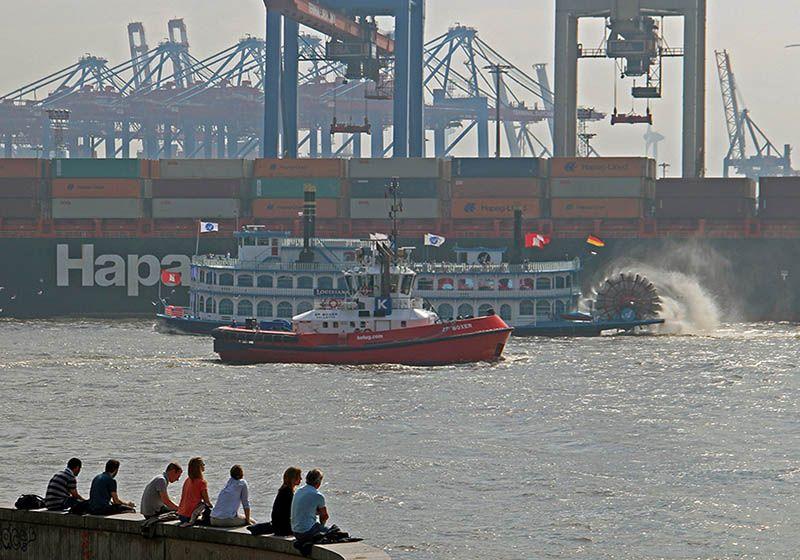 De haven van Hamburg aan de Elbe