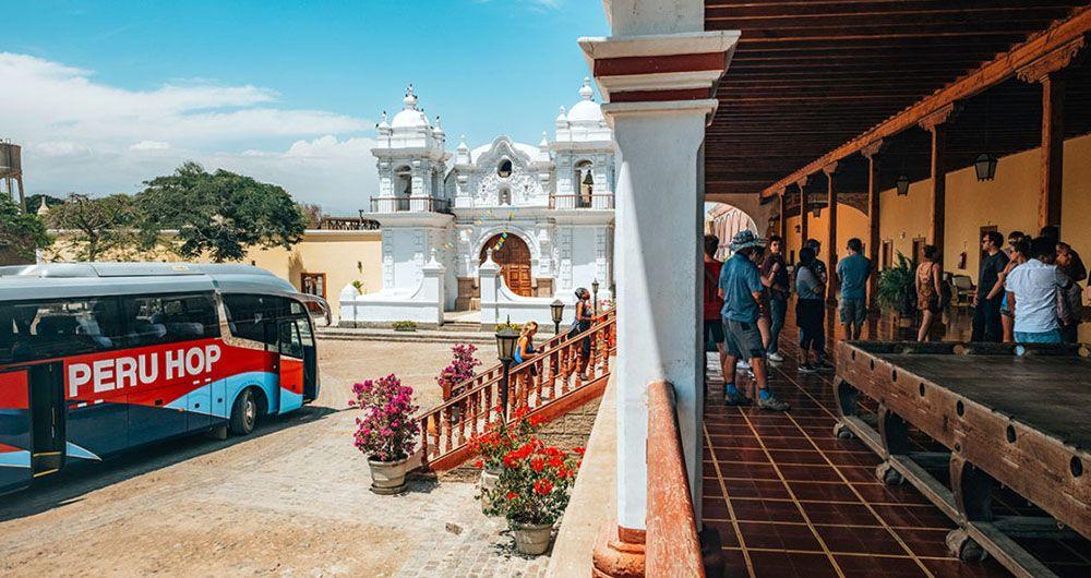 Reizen met de bus van Peru Hop door Zuid-Amerika