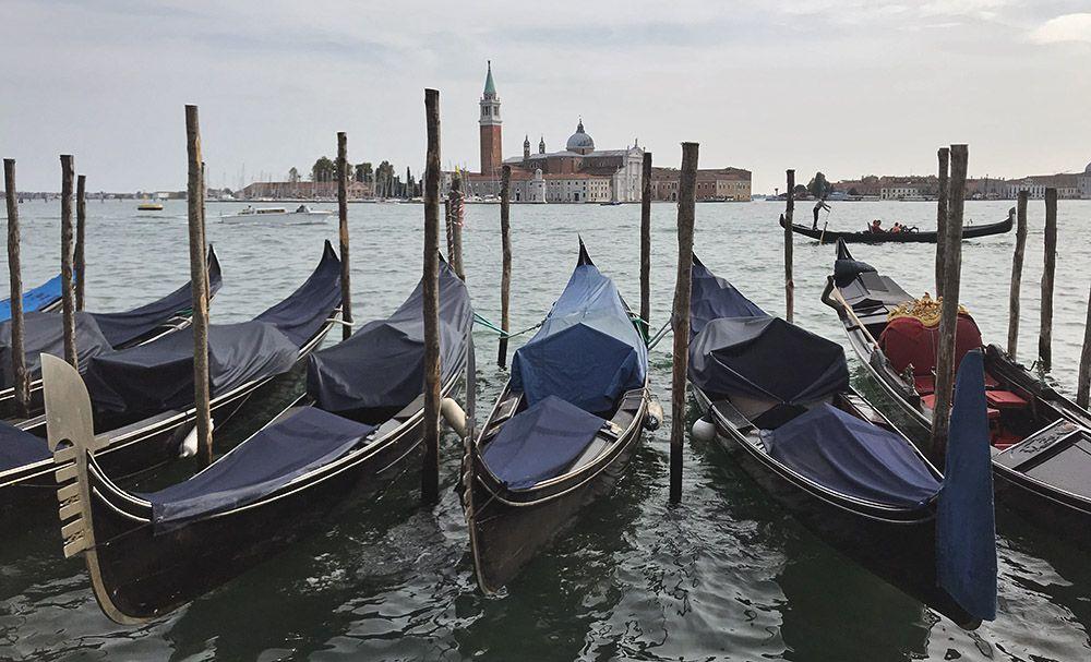 Uitzicht op de laguna bij San Marco en San Giorgio Maggiore