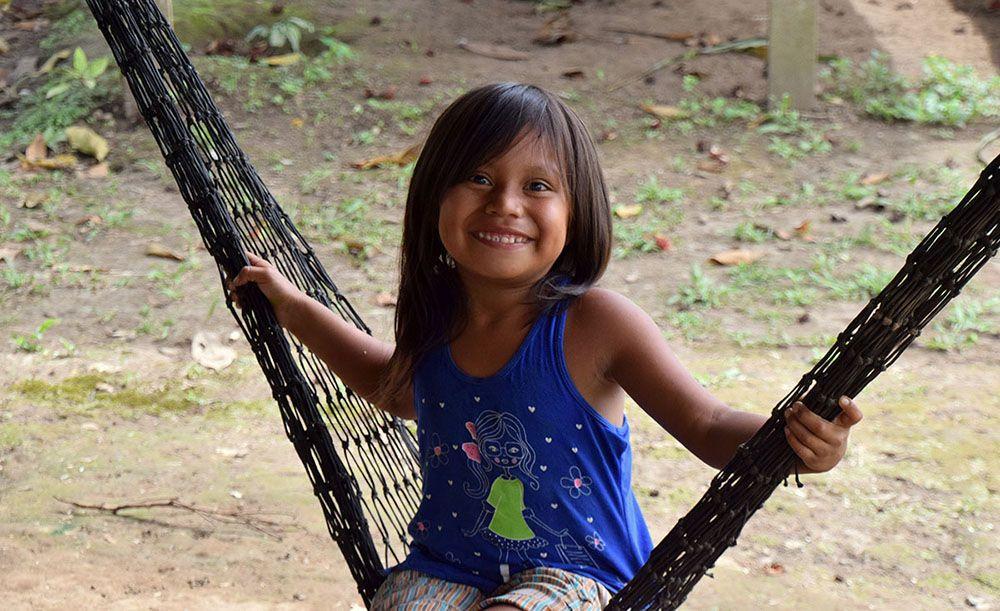 Inheems meisje in Cuyabeno Reserve.