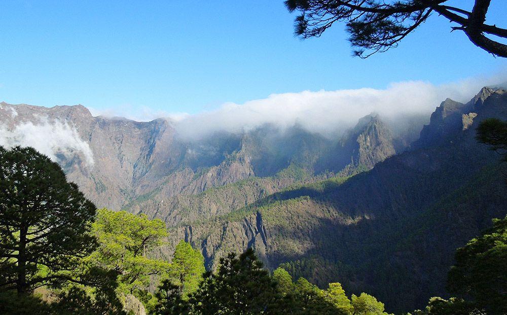 De grote caldera op La Palma