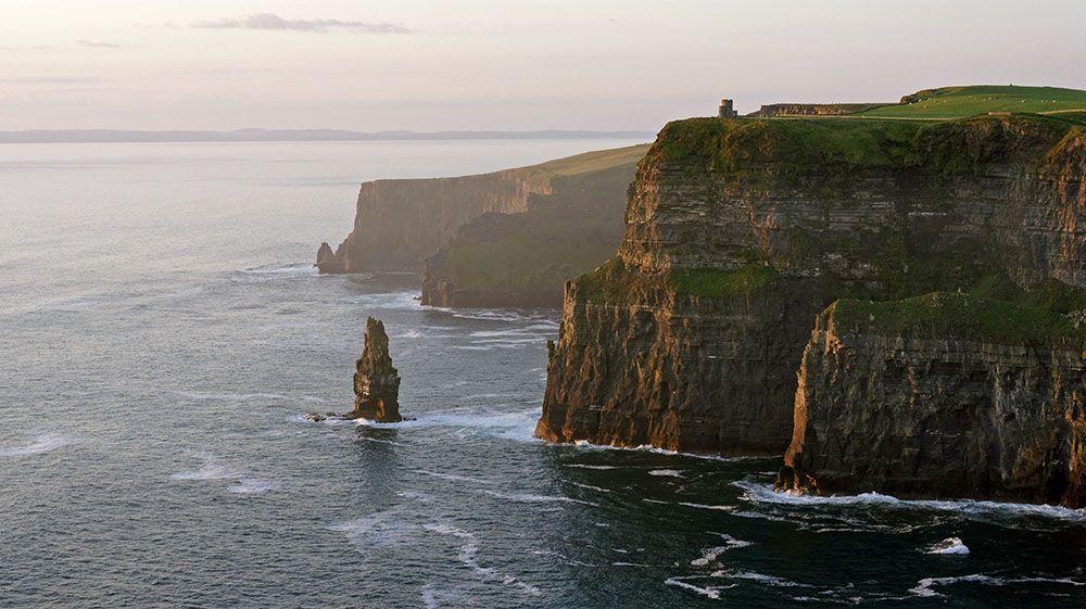 Kliffen aan de westkust van Ierland