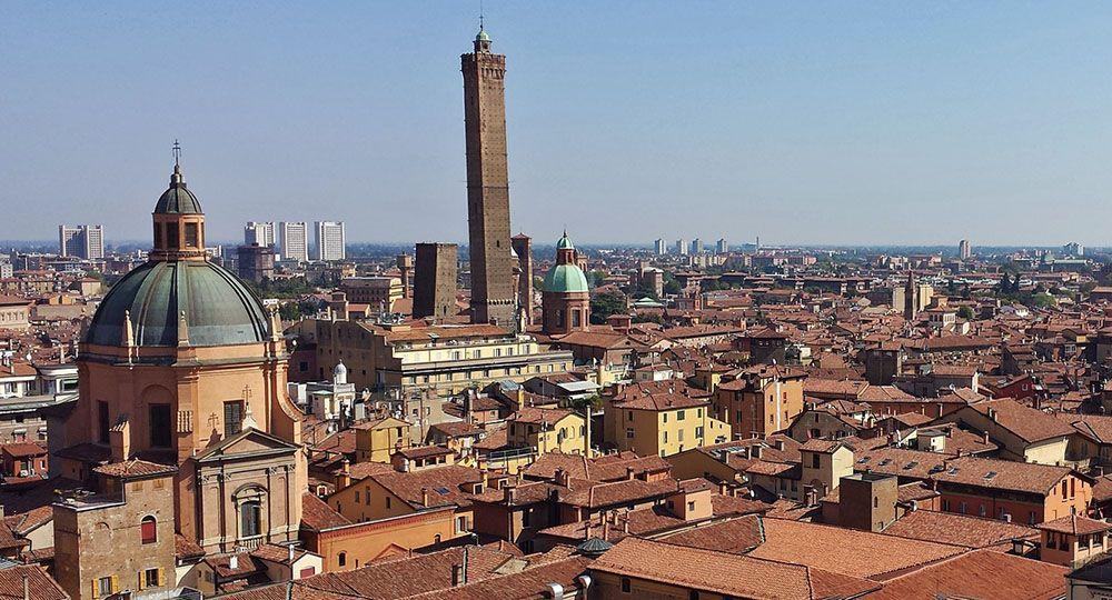 De vele torens van Bologna